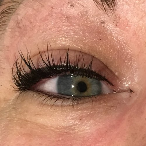 Eyeliner and lash enhancement (13)