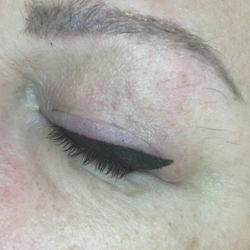 Eyeliner and lash enhancement (14)