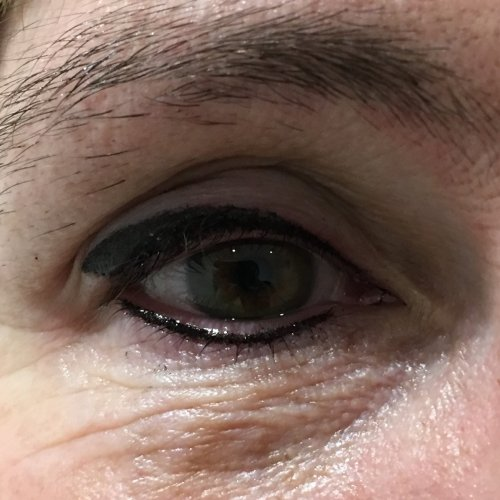 Eyeliner and lash enhancement (22)