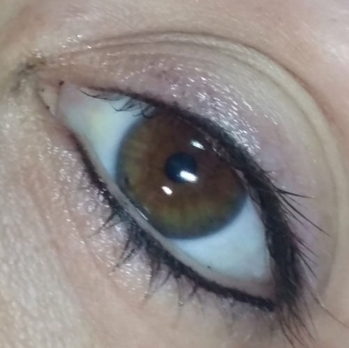 Eyeliner and lash enhancement (3)