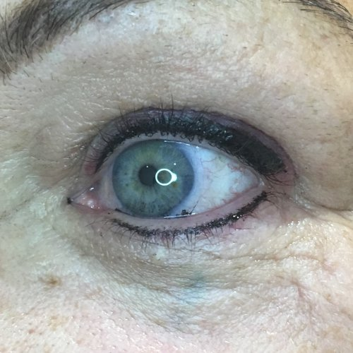 Eyeliner and lash enhancement (38)